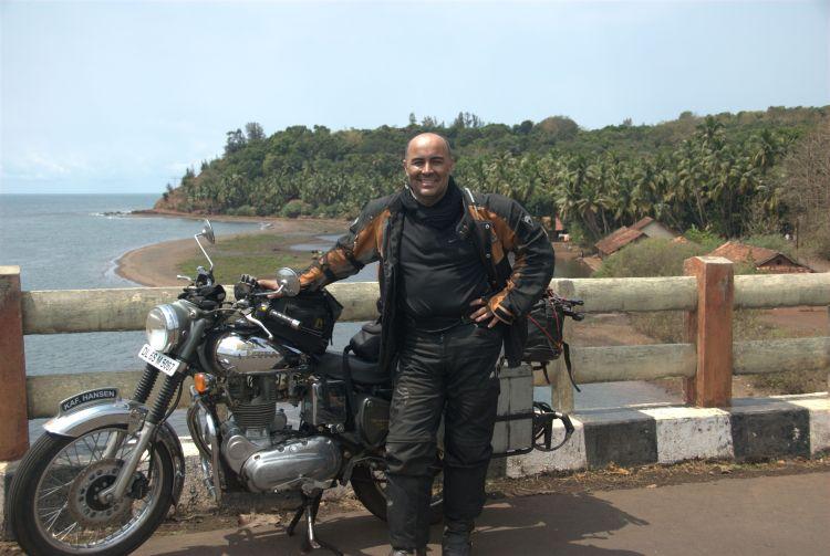 India 12 - Hendi Kaf